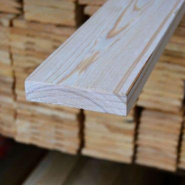 Обрезная доска из лиственницы 40x100x6000
